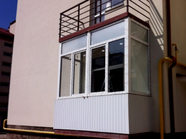 вікна пластикові хуст14